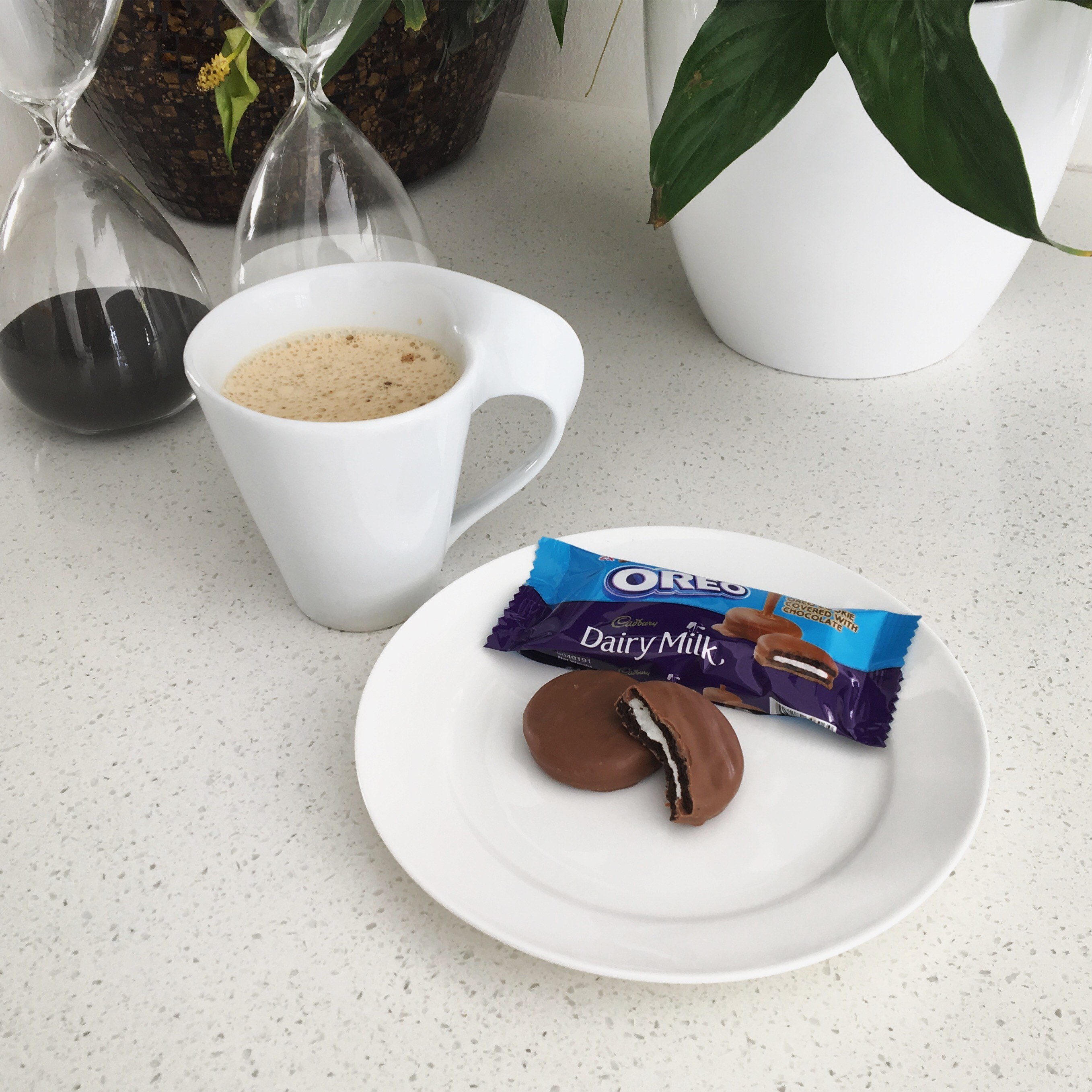 Press Release: Oreo covered in Cadbury Dairy Milk now available in a 6-Pack